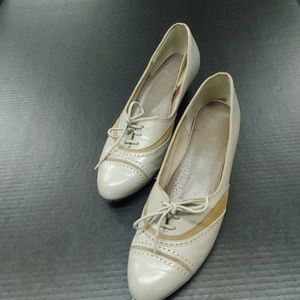VTG Granny Shoes